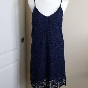 Lumiere sleeveless lace dress size Medium